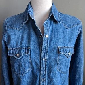 Lauren Jeans Co. Denim Snap Button Down Shirt